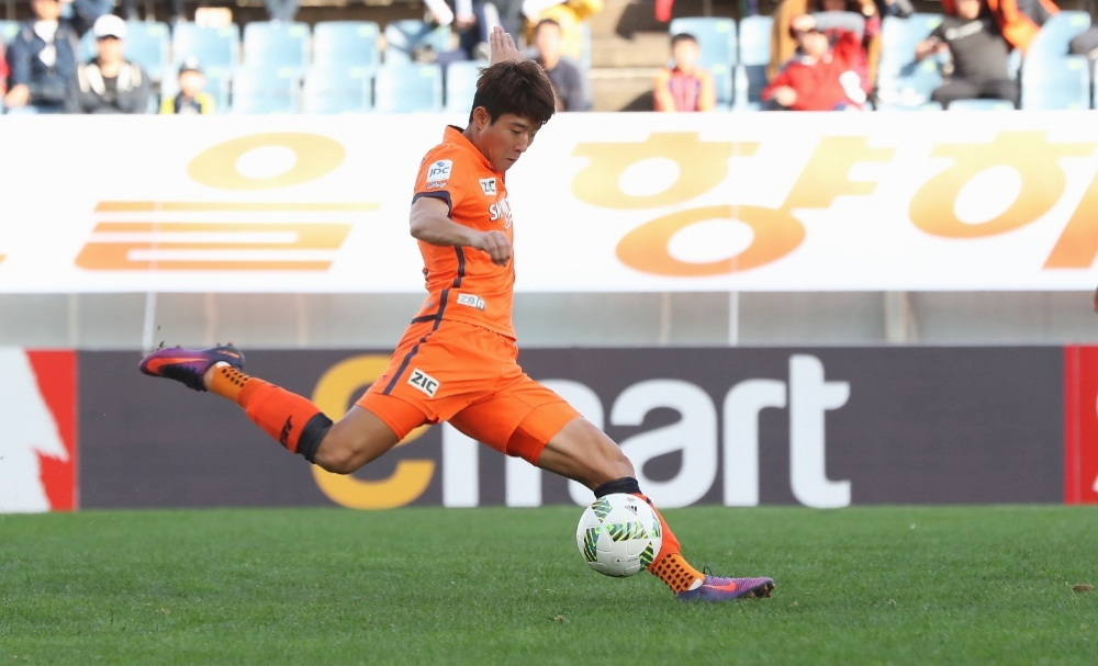 The K-League's 2016 Young Player of the Year Ahn Hyun-beom posted a hugely impressive first season with Jeju United as the attacking midfielder netted eight league goals in what was the island team's best campaign since 2010.