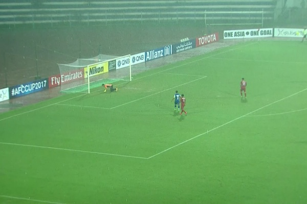 Lenny Rodrigues nearly makes it 3-0 to Bengaluru!