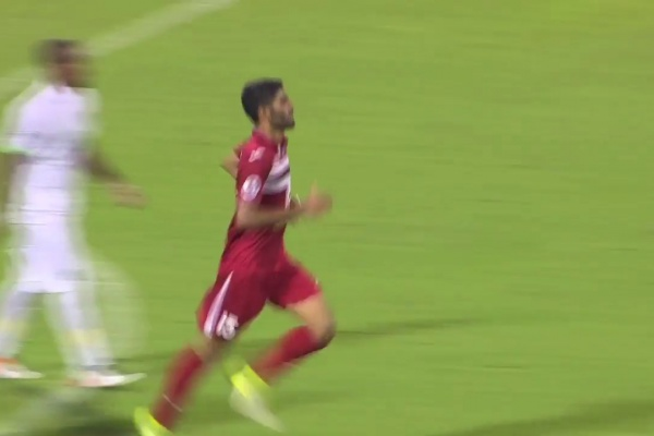 Shojae Khalilzadeh pulls one back for Persepolis!