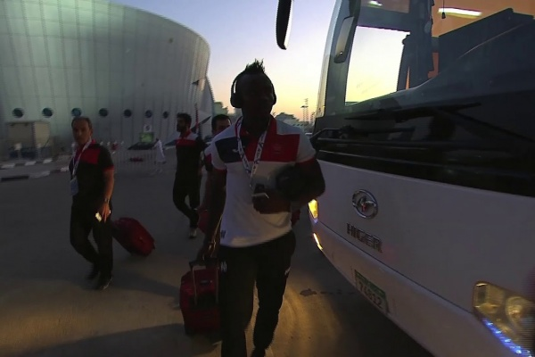 Al Hilal and Persepolis arrive at the Mohammed Bin Zayed Stadium!