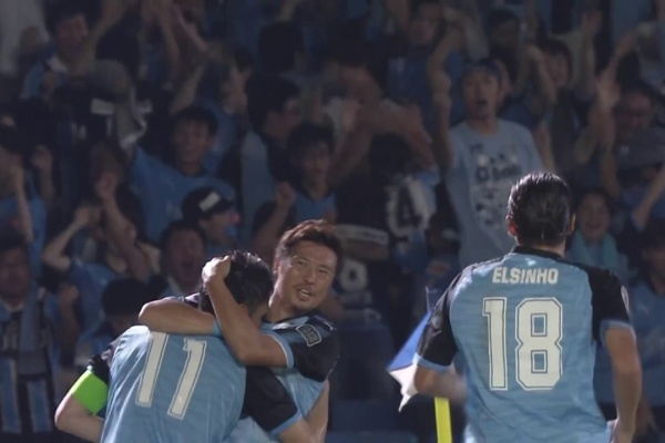 Yu Kobayashi strikes again for Kawasaki Frontale!