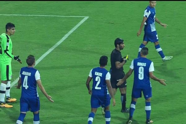 Nuriddin Davranov's penalty puts Istiklol 1-0 up!