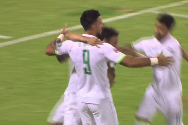 Omar Al Soma hands Al Ahli the lead after just 2 minutes!