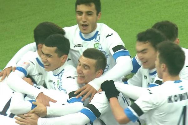 Dostonbek Khamdamov scores the 2nd goal for Uzbekistan!