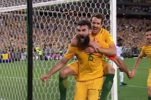 Mile Jedinak completes his hat-trick!
